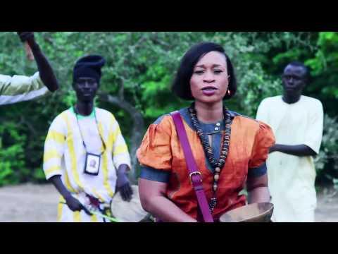 Découvrez Le New Clip De Aida Samb- Sunu Sangue