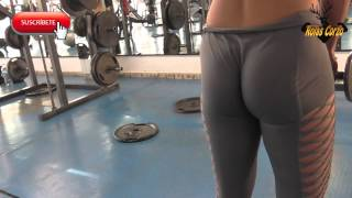 getlinkyoutube.com-NALGONA EN EL GIMNASIO  (GYM)