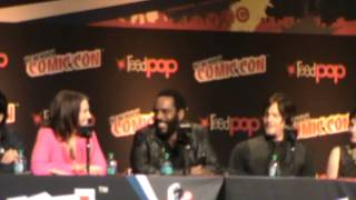 getlinkyoutube.com-The Walking Dead Panel NYCC 2013 Part 2