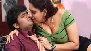 getlinkyoutube.com-Bengali chhenalipona  s@xy phone call 2015 কাম রসের জ্বালা