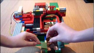 getlinkyoutube.com-Lego coin pusher with speed reduction gearbox