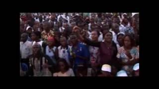 getlinkyoutube.com-Reçois l'adorartion Medley Gael