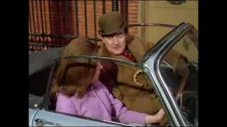 "getlinkyoutube.com-Epic : The Avengers 5x11 (1967) - ""Mrs Peel, We're Needed!"" scene"