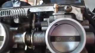 getlinkyoutube.com-Triumph 900 legend carb balancing