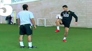 getlinkyoutube.com-Cristiano Ronaldo AMAZING Freestyle Football Skills | #5 Silks