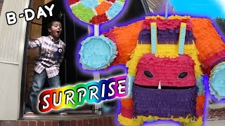 getlinkyoutube.com-Painyatta Surprises Mike on his 6th Birthday (Real Life Piñata Monster) Skylanders Trap Team Party