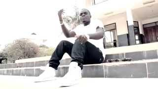 Nipe kidogo Clap tha rhymes ft D Nelly & Uncreckable