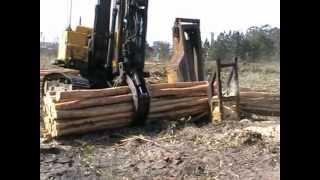 getlinkyoutube.com-Hydraulic chainsaw for bucking trees