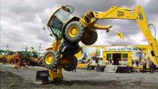 getlinkyoutube.com-JCB TRACTOR SHOW