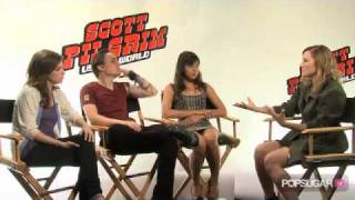 getlinkyoutube.com-Anna Kendrick, Kieran Culkin & Aubrey Plaza: Feeling Like Puppets & Character Secrets