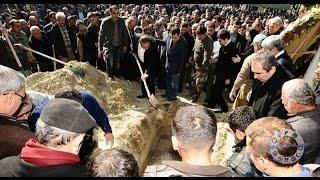 Mezara gömülürken yüzünü kıbleden meleklerin döndürdüğü adam