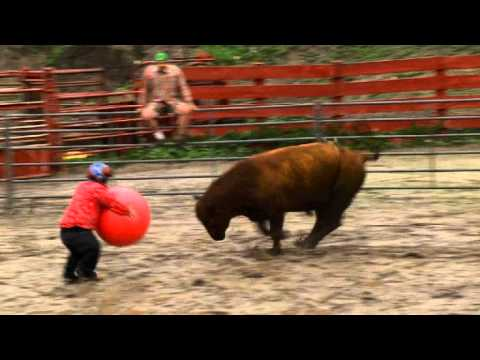 Jackass 3.5 (The Yoga Ball)