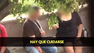 getlinkyoutube.com-15 prostitutas venden una hora de intimidad por ¢5.000 en el parque La Merced