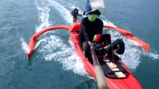 getlinkyoutube.com-Motorized Kayak + Self-made Outrigger