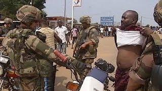 getlinkyoutube.com-تبادل إطلاق النار بين القوات الفرنسية و متمردين جماعة سيليكا المنحلة قرب مطار بانغي
