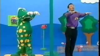 getlinkyoutube.com-the wiggles dorothy the dinosaur tell me who is that knocking 1998