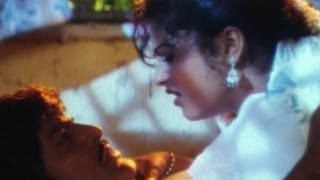getlinkyoutube.com-Postman Movie || Mohan Babu & Raasi Love Scene || Mohan Babu, Soundarya, Raasi