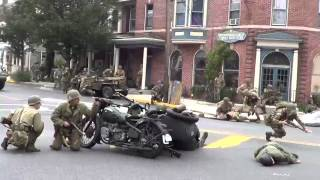 getlinkyoutube.com-Liberation of New Oxford 2014 WWII Battle Reenactment