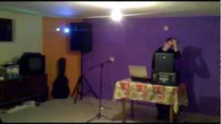 getlinkyoutube.com-Behringer EUROPOWER PMP2000 and Speaker Alien - Mivarom -