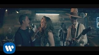 "getlinkyoutube.com-Jesse & Joy - ""No Soy Una de Esas"" ft. Alejandro Sanz (Video Oficial)"