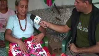 getlinkyoutube.com-Mujeres huastecas y el bordado artesanal