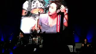 CNBLUE-YongHwa sexy!!(can't stop@Malaysia-09/08/2014)