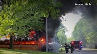 Un conductor de bus escolar fue el héroe que salvó a varios niños de morir carbonizados