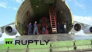 getlinkyoutube.com-Syria: See the moment the S-400s arrived in Latakia