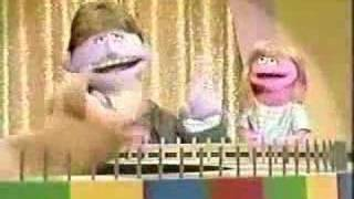 getlinkyoutube.com-Classic Sesame Street - SQUEAL! OF! FORTUNE!