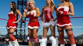 getlinkyoutube.com-Tribute to the Troops: Eight-Diva Santa's Helpers Match