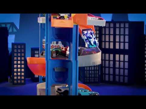 Hot Wheels Stunt Garage Playset