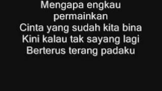 getlinkyoutube.com-Apit - Cintaku Dipermainkan Lyrics