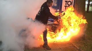 getlinkyoutube.com-Motorcycle burnout, fire accident, oil duct malfunction. Palenie gumy razem z motocyklem.