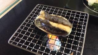 getlinkyoutube.com-【マジでグロい!!】アワビの踊り食い。。これみて美味しそうとは思えない。 Abalone is being fired..