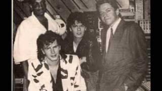 getlinkyoutube.com-John Taylor & Robert Palmer - Power Station AUDIO 85