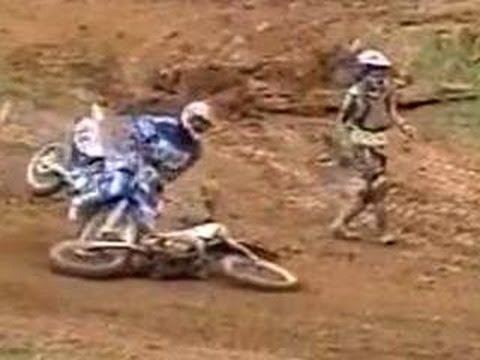 Funny Falls Videos : Sports Bloopers 2012
