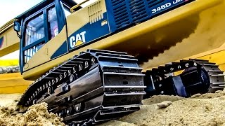 getlinkyoutube.com-RC Excavator Caterpillar 345D in Action at RC Glashaus!