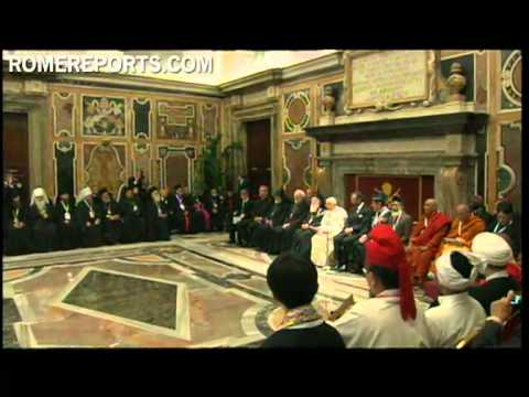 Pope meets with Assisi participants at the Vatican