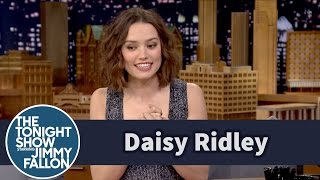 getlinkyoutube.com-Daisy Ridley Cried over the First Force Awakens Trailer