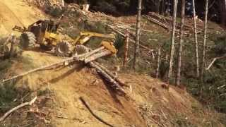 getlinkyoutube.com-Skidder Tigercat 635D Steep Slope Operation