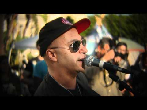 Tom Morello (The Nightwatchman) - This Land Is Your Land @OccupyLA