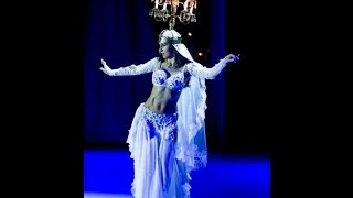 getlinkyoutube.com-Most ancient dance in the world - belly dance with fire - solo Amira Abdi