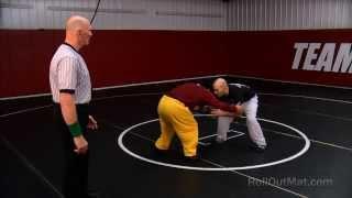 HOW TO WRESTLE   Wrestling Moves   Setup for Wrestling Takedowns Tutorial @RollOutMat