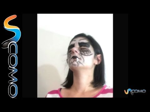 Hacer un maquillaje de vampiro infantil - Make a child vampire makeup