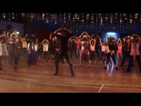 LARGER THAN LIFE - LINE DANCE (WORKSHOP - SIMON WARD)