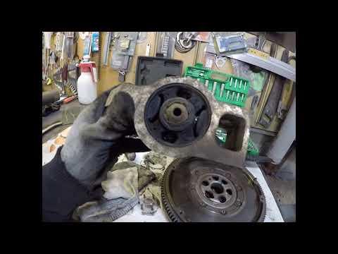 Замена: маховик,сцепление и сальник коленвала.Skoda Octavia A5.1.9 tdi