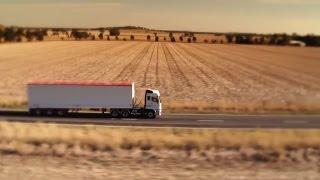 getlinkyoutube.com-FUSO   Heavy-duty truck in Australia