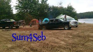 getlinkyoutube.com-Ford vs Chevy vs Dodge: Truck Tug of War