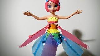getlinkyoutube.com-Doll Flutterbye Deluxe Light Up Rainbow Flying Fairy, Latająca wróżka Cobi 35808 HIT