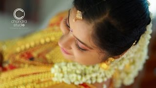 getlinkyoutube.com-A Superb Kerala Hindu Wedding of Keerthana + Sandeep by Chandra Studio, Thiruvalla